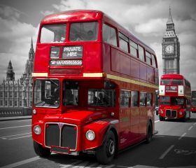London, Red Buses on Westminster Bridge